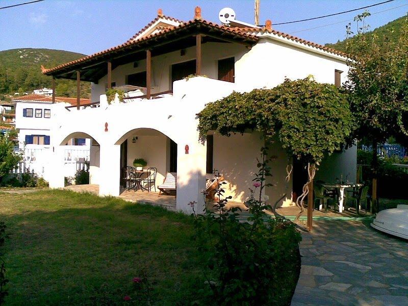 Studios Elpiniki 2, casa vacanza a Città di Skopelos