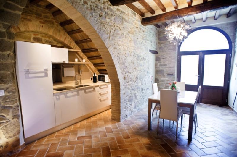 APPARTAMENTO VICINO ASSISI - UMBRIA NEL CUORE, holiday rental in Madonna della Pia