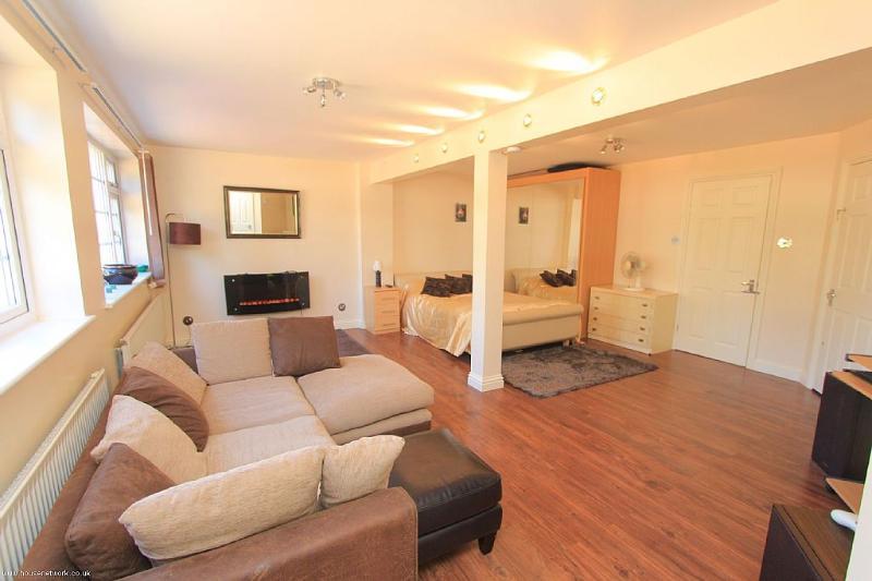Apartment Thorpe Bay near Sea, Ferienwohnung in Burnham-on-Crouch