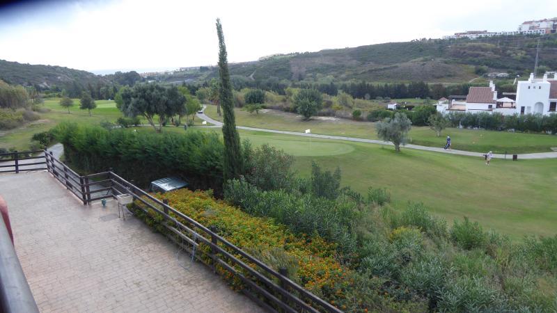 Casares golf - 5 minute walk away with gym, bar & restaurant