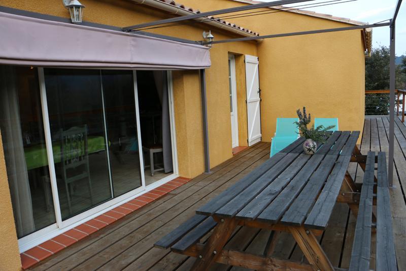 La terrasse pour profiter d'agréables moments.