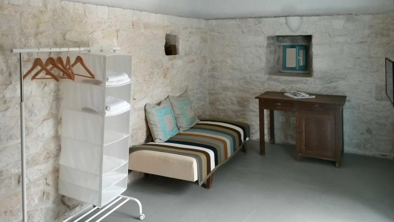 master bedroom sofa bed