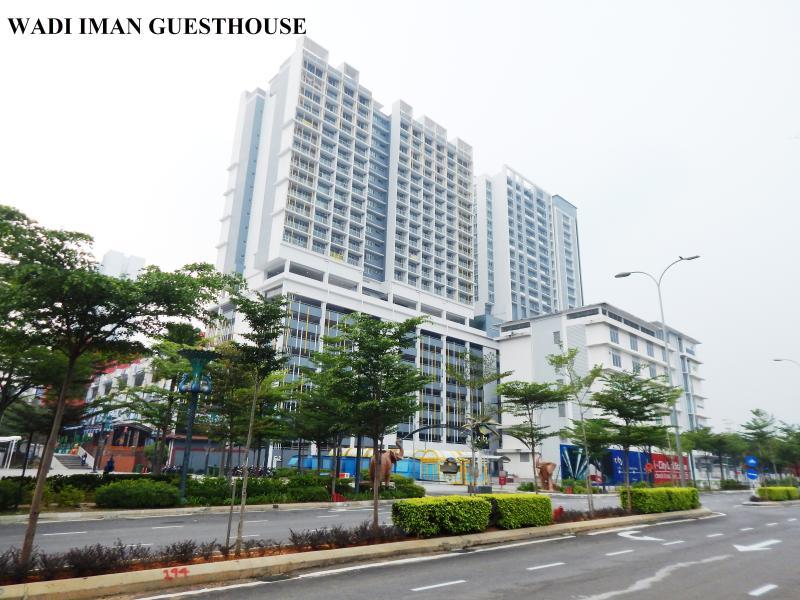 Wadi Iman Guesthouse @ i-City, holiday rental in Klang