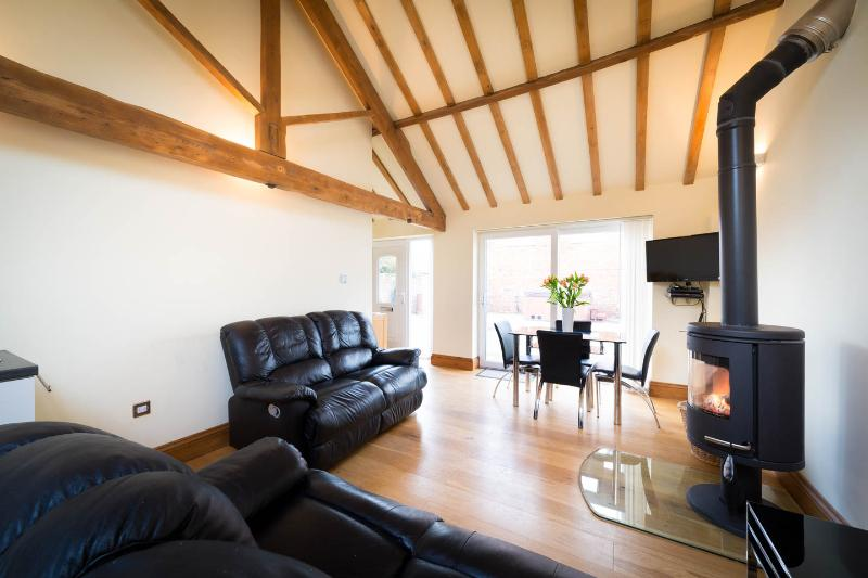 The Owl Barn Cottage, Nr York, vacation rental in Tollerton