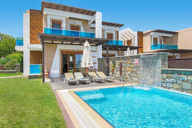 Villa Alia - Horizon Line Villas, holiday rental in Kiotari