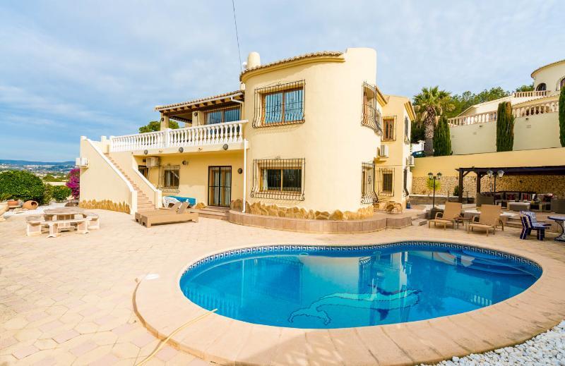 Casa Rohan south facing pool & sunbathing  terrace
