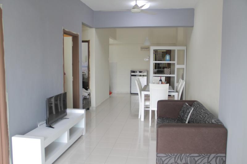 Purple Homestay, vacation rental in Batu Caves