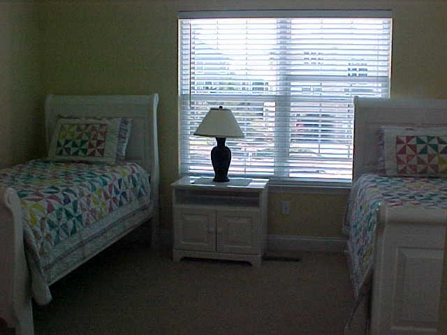 Bedroom #4 twins and trundle