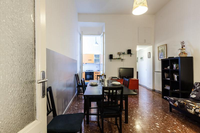 Spacious quiet apartment in the heart of Rome, holiday rental in Rome