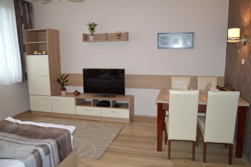 Doris Apartment Debrecen, alquiler vacacional en Hajdu-Bihar County