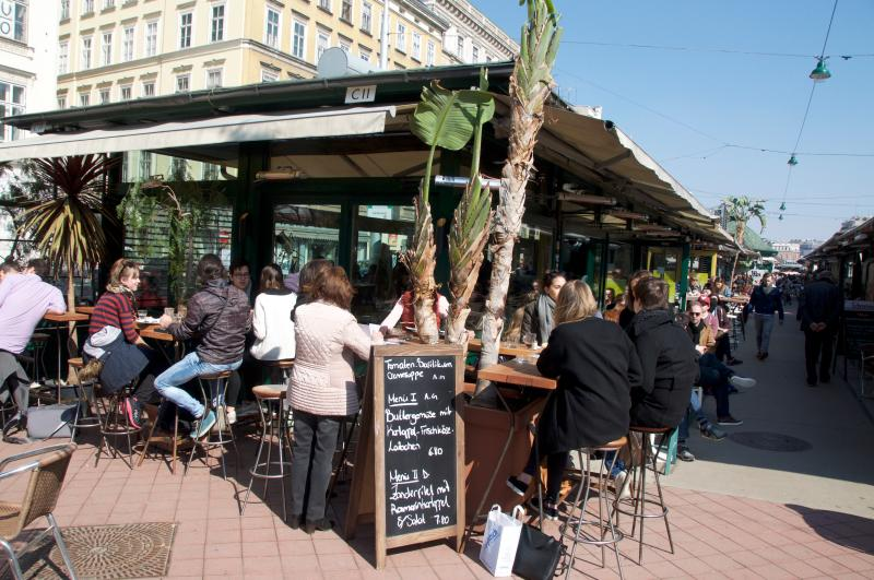 300m Area, Naschmarkt - Deli