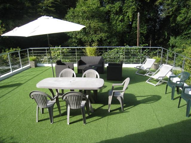 Terrasse - salon de jardin de la 'suite Marmottes3