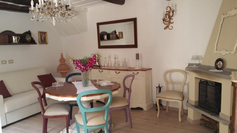 Holiday House Lago di Bolsena Fiore del Borgo, vacation rental in San Lorenzo Nuovo