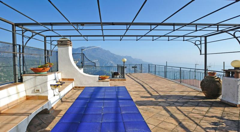 02 La Musica roof terrace