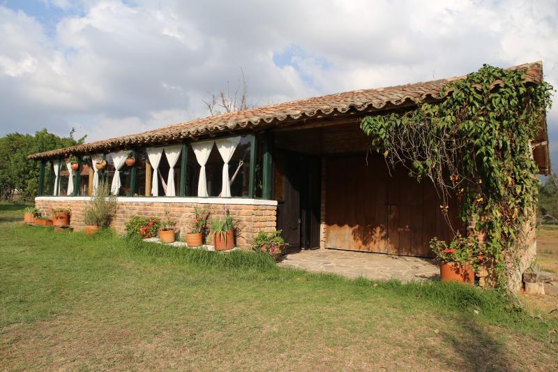 Hermosa cabaña colonial 'Villa de los Sáenz Campestre'