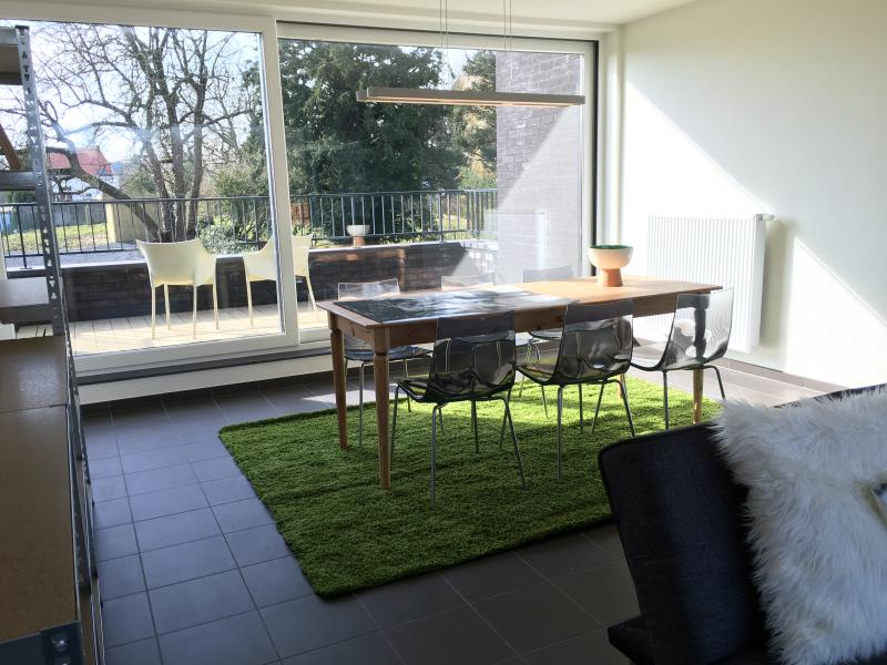Dining room with direct access to the terrace and next to the fully equipped kitchen.