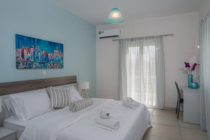1-Bedroom Apartment - Tesy's Studios & Apartments, holiday rental in Laganas