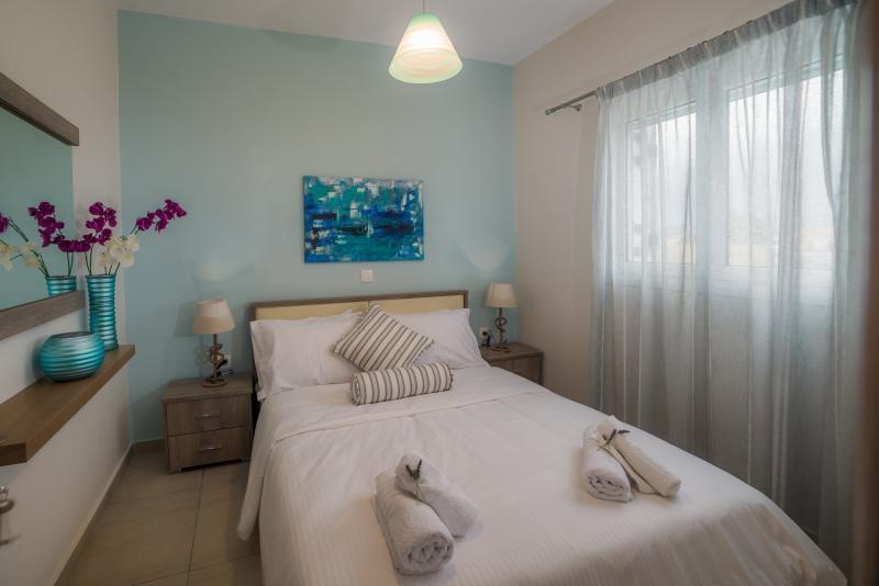 2-Bedroom 1st Floor Apartment - Tesy's Studios & Apartments, holiday rental in Laganas