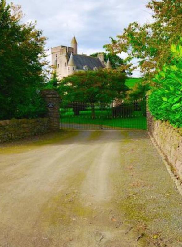 Driveway to Leslie Castle