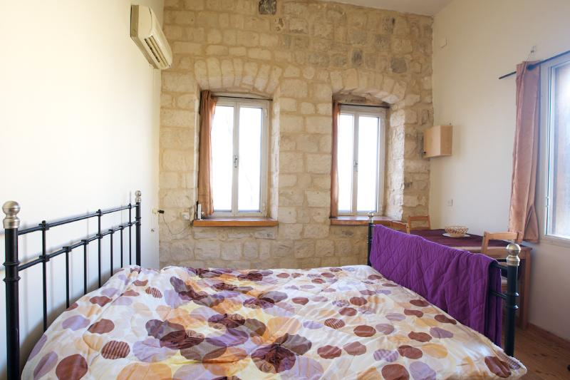 'The Apartment is perfectly situated in the center of the Old City.' - Stock and Load,*****
