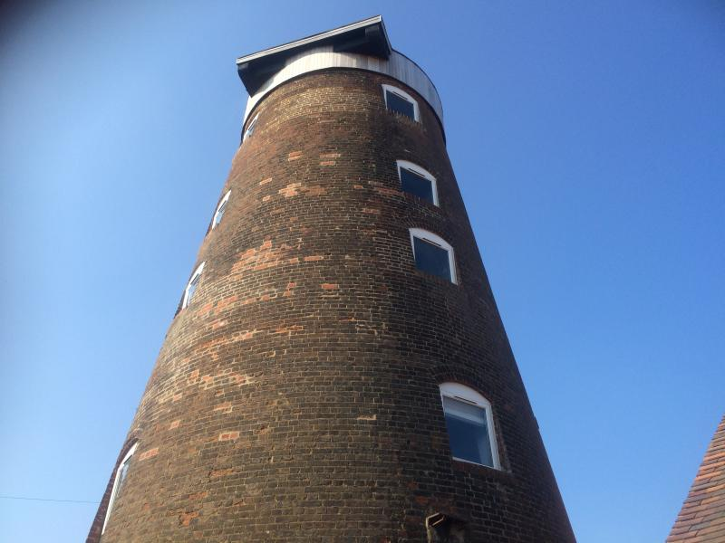 Boutique style luxury accommodation in a Windmill in central Woodbridge, location de vacances à Woodbridge