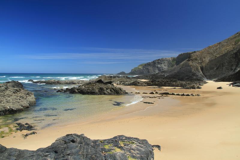 Vale Da Men beach near Rogil