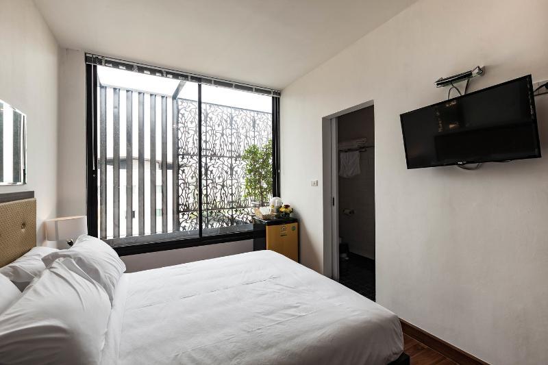 24lh hotel Bangkok -Deluxe Room