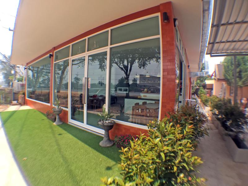 The Garage Cafe&Guesthouse, location de vacances à Province de Chiang Rai