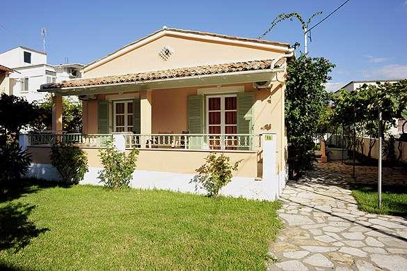 Kipos Apartments - Front View, holiday rental in Kassiopi