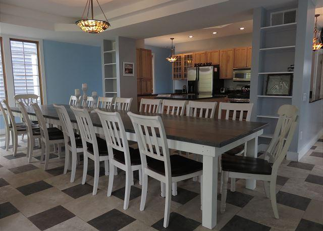 Dining room with seating for 18-20 open to kitchen