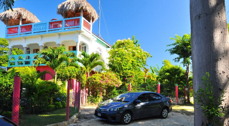 Pull up to your dream vacation at Coral Cottage Jamaica!