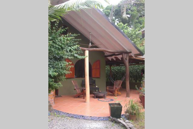 Beautiful House 150m from the beach, holiday rental in Cahuita