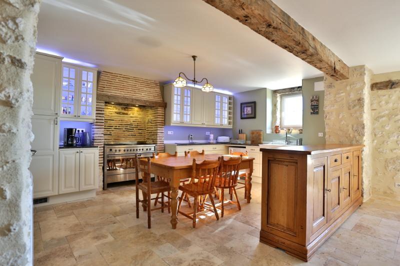 Domaine de Rambeau - Gite, holiday rental in Castelmoron-sur-Lot