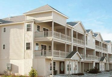 Perfect Location, Awesome Views, and a Pool, vacation rental in Wildwood