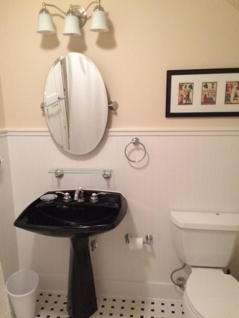 full bath with towels toiletries, hair dryer