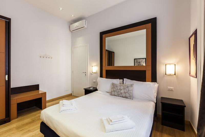 The Large Twin Bedroom