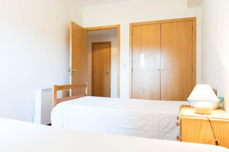 Dos habitaciones dobles, cada una con dos camas individuales