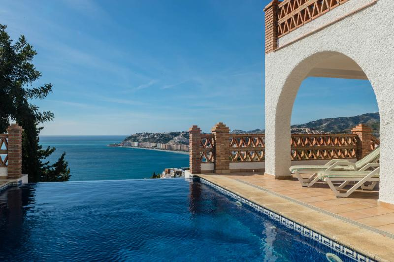 Infinitive edge pool overlooking the Med