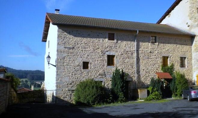 Vivez votre rêve dans un château 12 15ème siècle, holiday rental in Bertignat