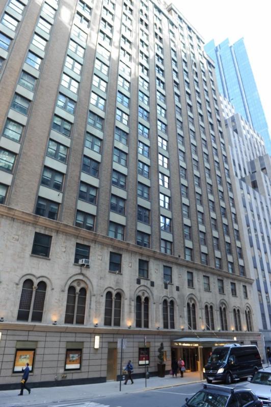 The Manhattan Club Building