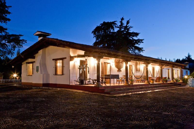 Villa del Lago, vacation rental in Patzcuaro