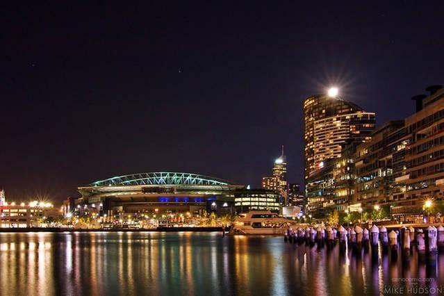 Melbourne è bella di notte