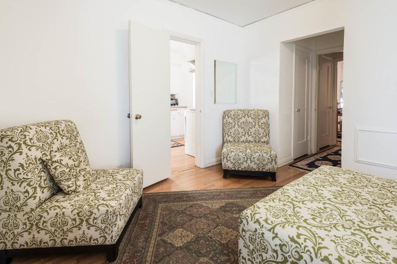 Sitting Room off Kitchen/Den