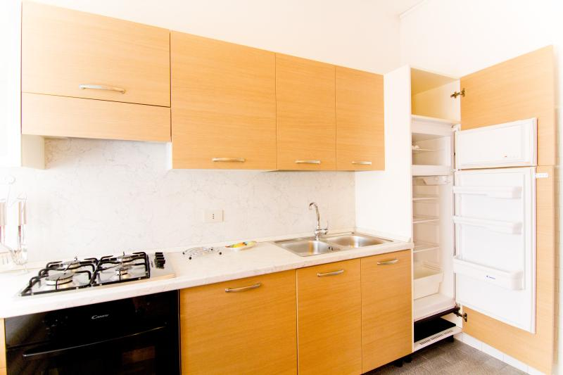 CasaMichela Appartamento da 6/8 pax, 150m dal mare, holiday rental in Caorle