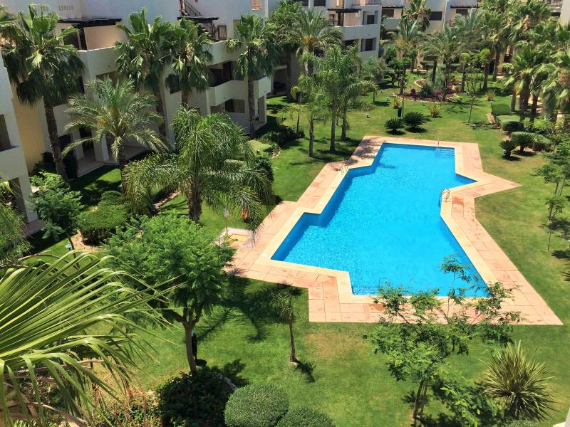 Roda Golf 2 Bedromm Penthouse Apartment, location de vacances à San Javier