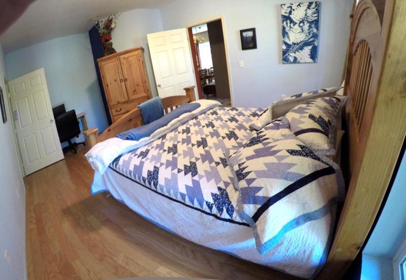 Master bedroom 2--handicap accessible lower bed, hardwood floors.