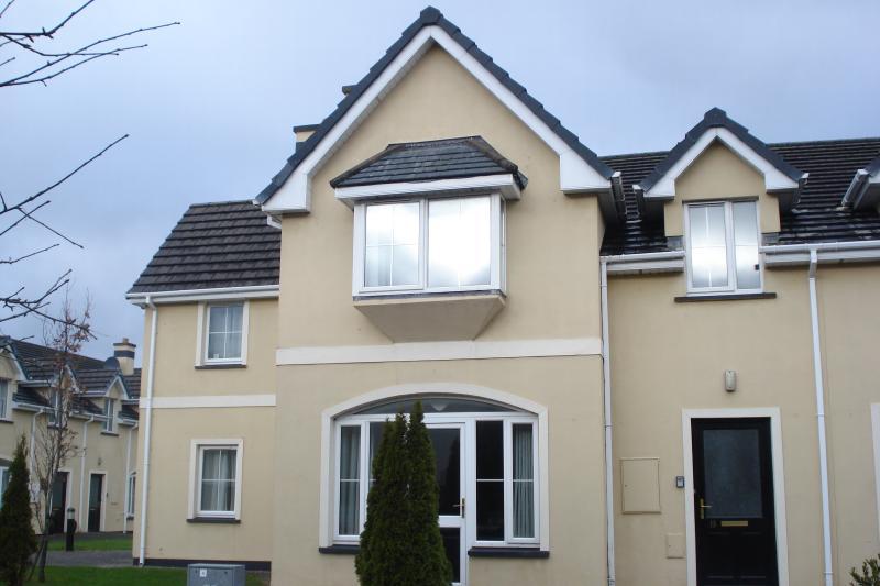 Lakeside House Killarney,, holiday rental in Kilcummin