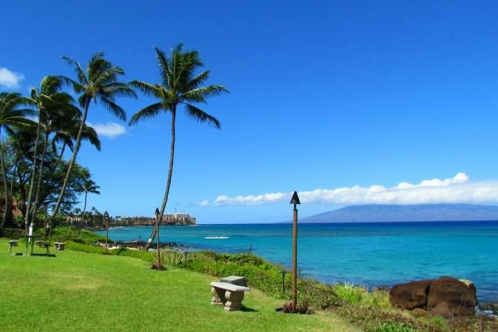 Polynesian Shores - Oceanfront Complex with great views of the island of Lanai and Molokai