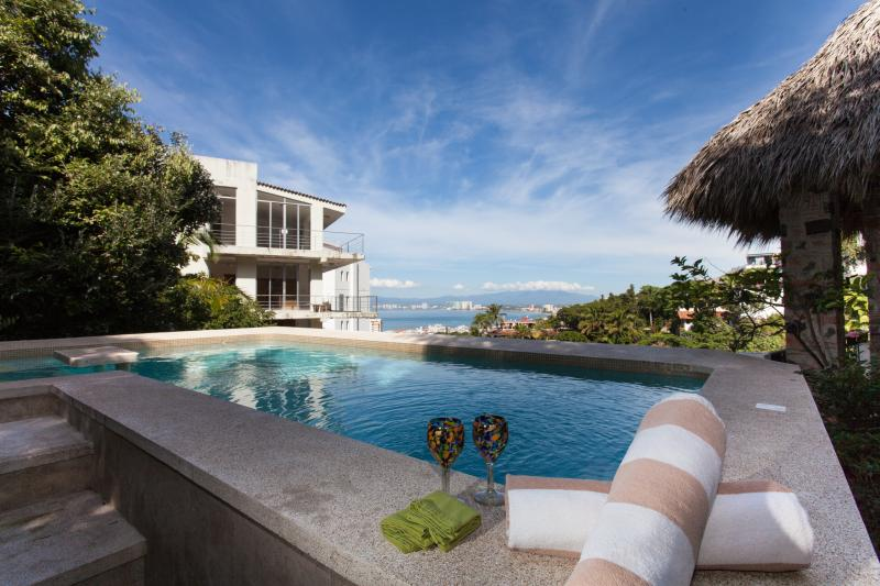 CASA HORTENCIAS - 3 bed, 3 bath,  private pool, alquiler de vacaciones en Puerto Vallarta