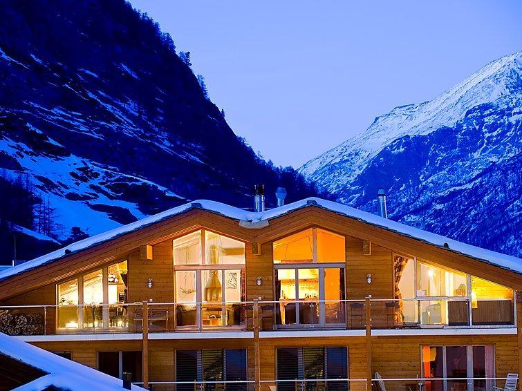 Zermatt Apartment Sleeps 10 with WiFi - 5060691 Chalet in Zermatt